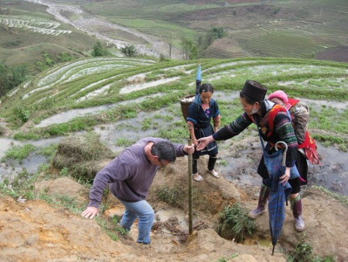 Hard trek with local tour guide Hmong
